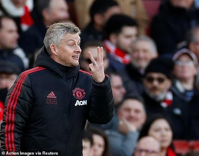 Arsenal 2-0 Man Utd: Trả giá vì những sai lầm - 7