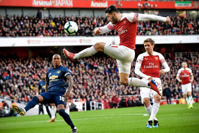 Những khoảnh khắc trong trận chiến Arsenal hạ gục Man Utd - 4