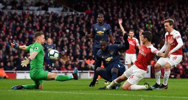 Những khoảnh khắc trong trận chiến Arsenal hạ gục Man Utd - 13