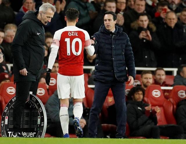 Những khoảnh khắc trong trận chiến Arsenal hạ gục Man Utd - 18