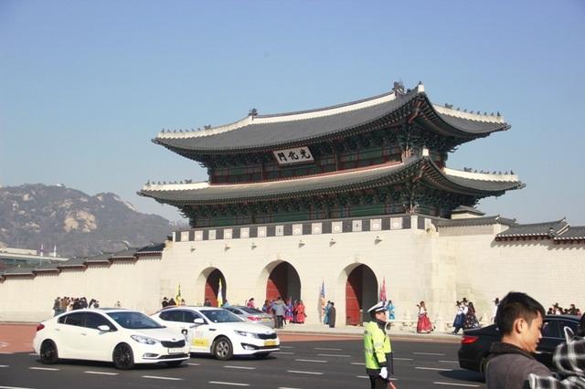 Một giờ tham quan cung điện Hoàng gia Hàn Quốc - 1