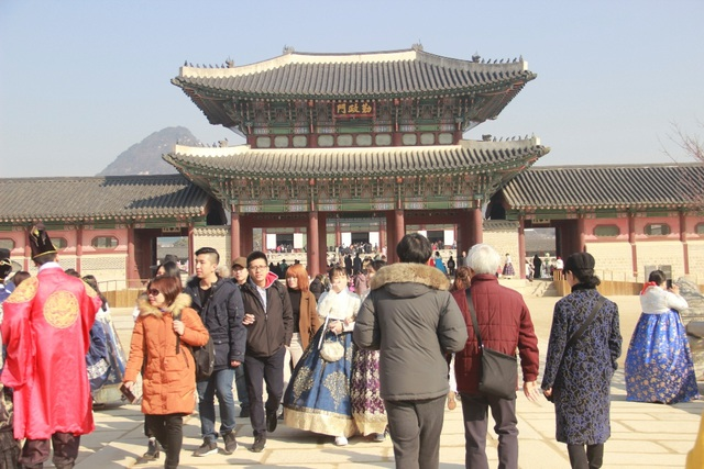 Một giờ tham quan cung điện Hoàng gia Hàn Quốc - 12
