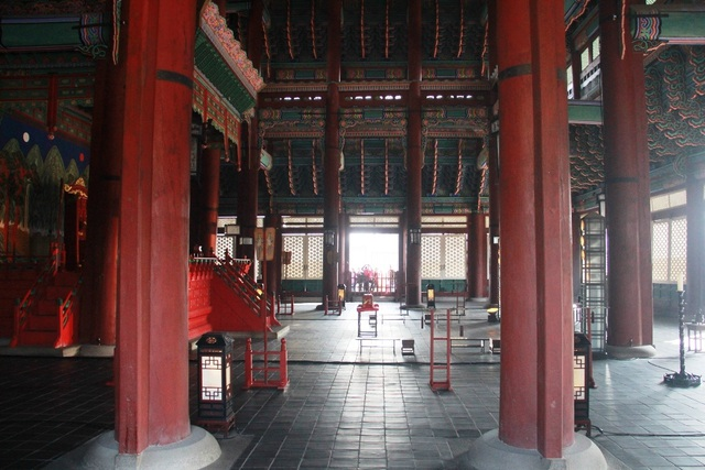 Một giờ tham quan cung điện Hoàng gia Hàn Quốc - 16