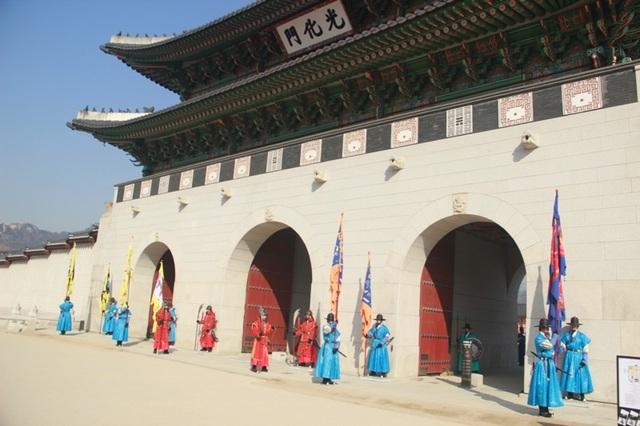 Một giờ tham quan cung điện Hoàng gia Hàn Quốc - 2