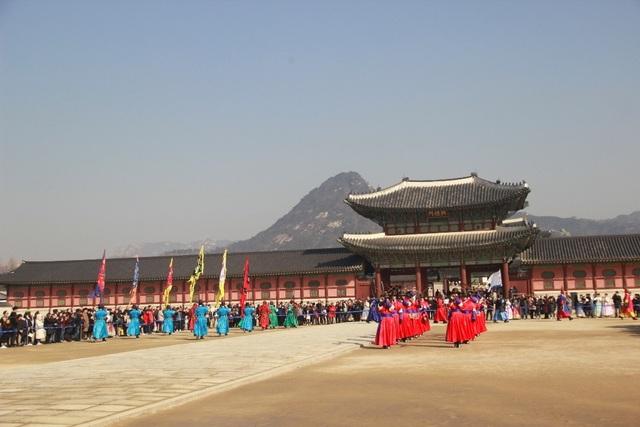 Một giờ tham quan cung điện Hoàng gia Hàn Quốc - 5