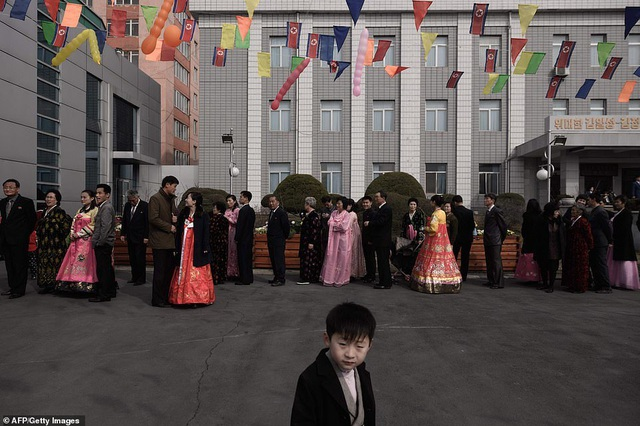 Ông Kim Jong-un cùng hàng triệu người Triều Tiên nô nức đi bầu cử - 11