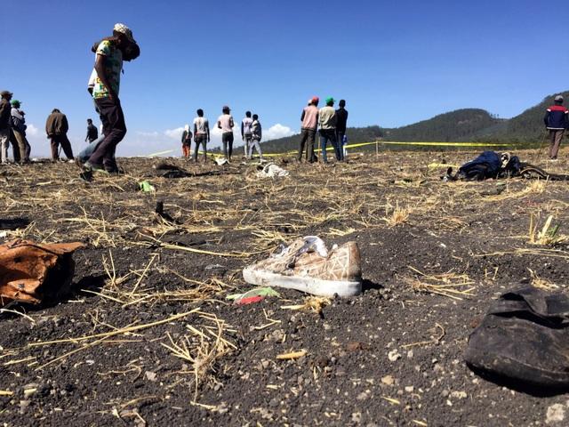 Vụ rơi máy bay Ethiopia: Phi công giàu kinh nghiệm với 8000 giờ bay - 2