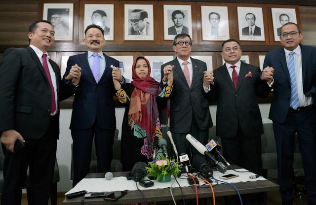 Tòa Malaysia thả bị cáo Indonesia trong nghi án Kim Jong-nam, Đoàn Thị Hương bị sốc - 3