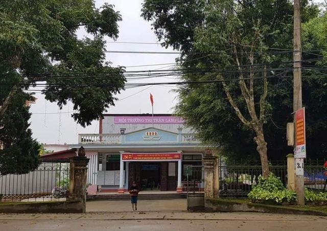 Cán bộ từng bắt dân chui qua háng tái cử… Chủ tịch Mặt trận Tổ quốc