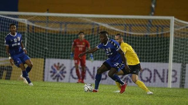 Tấn Trường mắc sai lầm kỳ lạ, B.Bình Dương thua tại AFC Cup - 2