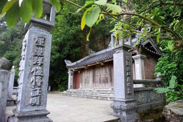 Kỳ lạ ngôi chùa cổ 1000 năm, tọa lạc trong lòng hang động ở Ninh Bình - 12