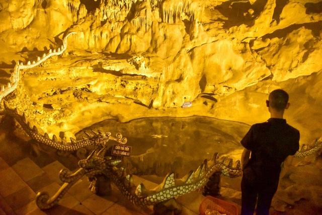 Kỳ lạ ngôi chùa cổ 1000 năm, tọa lạc trong lòng hang động ở Ninh Bình - 7