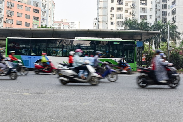 Toàn cảnh hai tuyến đường Hà Nội đang xem xét thí điểm cấm xe máy - 12