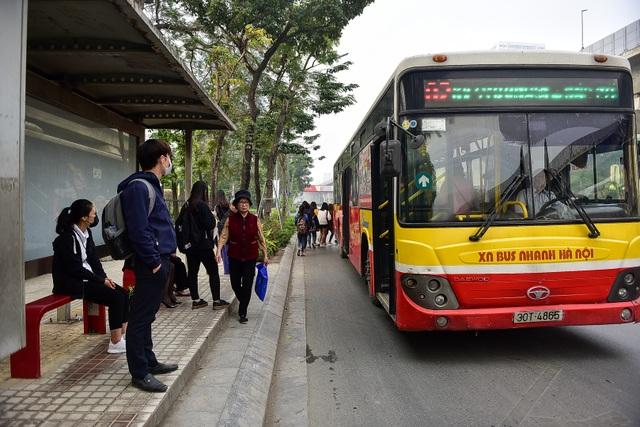 Toàn cảnh hai tuyến đường Hà Nội đang xem xét thí điểm cấm xe máy - 7
