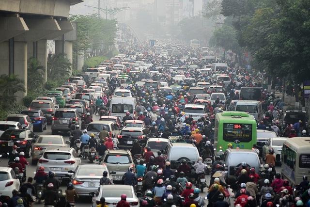 Toàn cảnh hai tuyến đường Hà Nội đang xem xét thí điểm cấm xe máy - 2