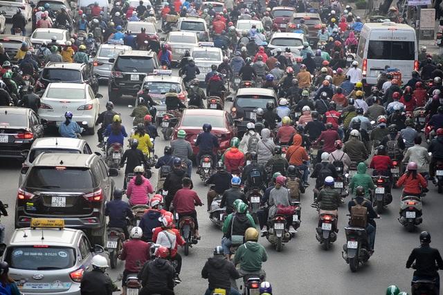 Toàn cảnh hai tuyến đường Hà Nội đang xem xét thí điểm cấm xe máy - 3
