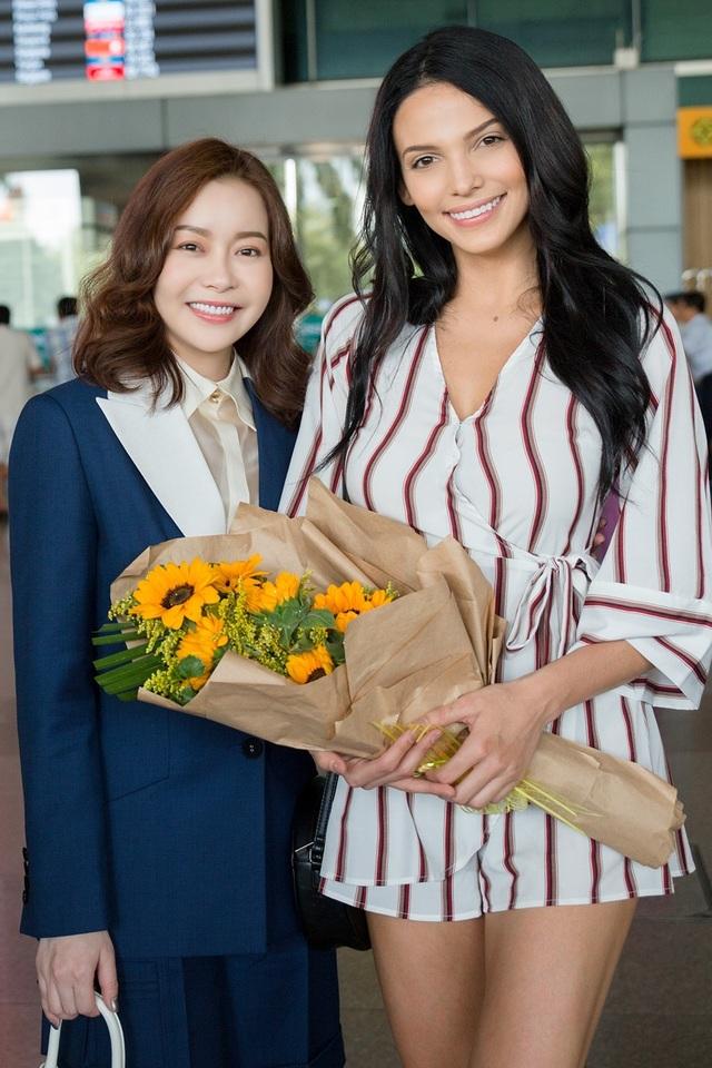 Hoa hậu, Nam vương Siêu quốc gia đến Việt Nam  - 2
