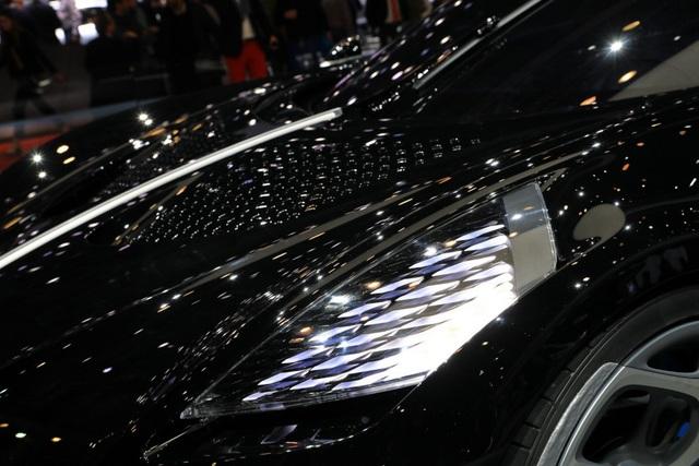Siêu xe đắt nhất thế giới về tay Cristiano Ronaldo? - 4