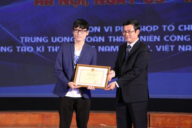 Bộ GDĐT trao 136 giải thưởng cuộc thi KHKT quốc gia khu vực phía Bắc - 4