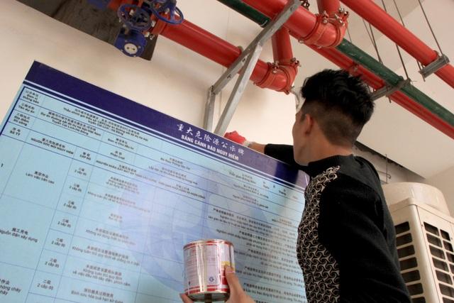 Cận cảnh người nhện gấp rút vệ sinh ga Cát Linh - Hà Đông - 10