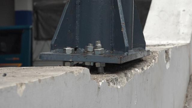 Cận cảnh người nhện gấp rút vệ sinh ga Cát Linh - Hà Đông - 15