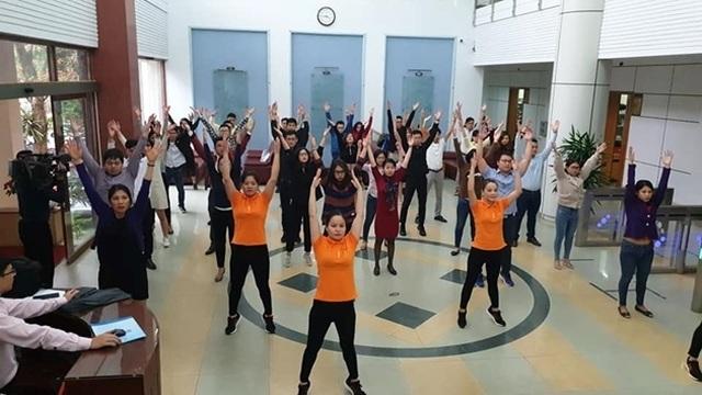 Bộ Văn hoá yêu cầu công chức tập thể dục mỗi ngày 2 lần, trong giờ làm việc - 1