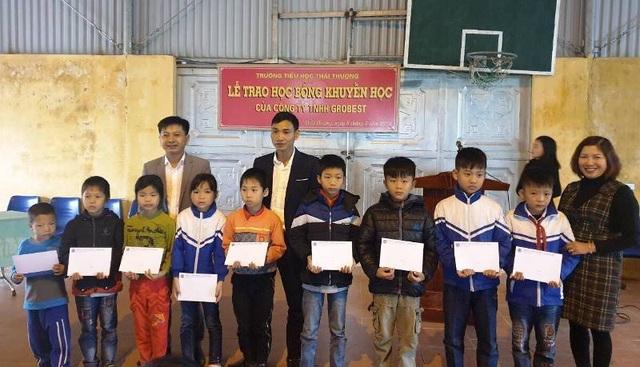 Học bổng Grobest đến với học sinh nghèo hiếu học tỉnh Thái Bình - 2