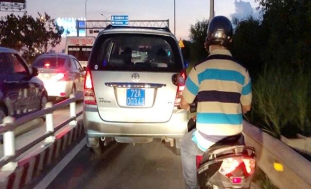 Sở GTVT nói gì về dải bê tông giữa đường cao tốc gây tai nạn chết người? - 1