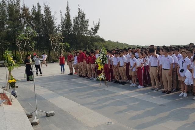 Khu tưởng niệm chiến sĩ Gạc Ma những ngày tháng ba lịch sử - 2