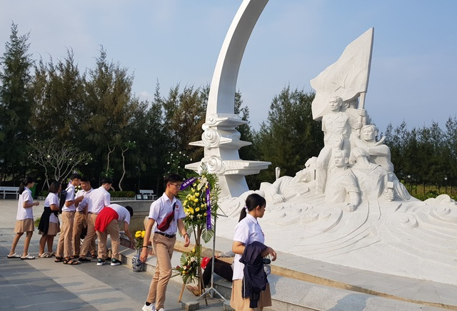 Khu tưởng niệm chiến sĩ Gạc Ma những ngày tháng ba lịch sử - 3
