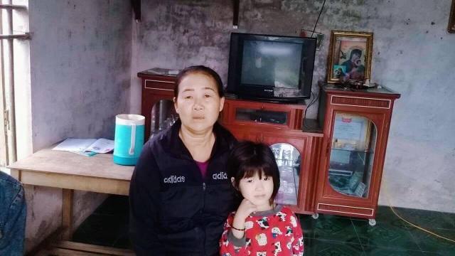 Bị nghi oan bắt cóc trẻ em, người phụ nữ bị đuổi đánh - 1