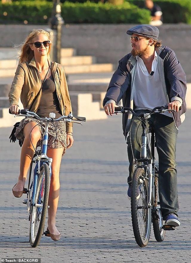 Leonardo DiCaprio không bao giờ hẹn hò phụ nữ… quá 25 tuổi - Ảnh minh hoạ 5