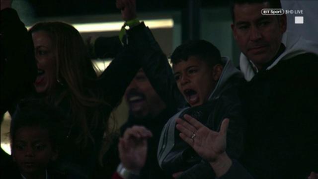 Bạn gái C.Ronlado nghẹn ngào khi chứng kiến người yêu tỏa sáng trước Atletico - 5