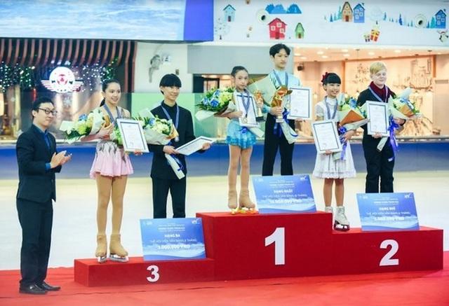 Chiếc nôi vàng của môn trượt băng nghệ thuật tại Việt Nam 2.jpg