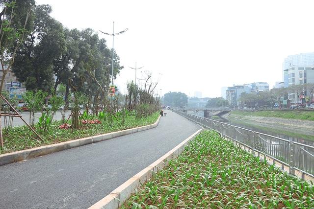 Toàn cảnh con đường dọc sông Tô Lịch chỉ để đi bộ, đi xe đạp - 4