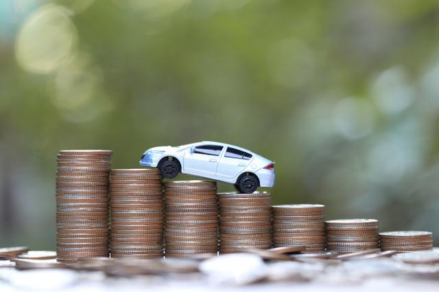 Giá ô tô giảm mạnh: Chủ xe băn khoăn trong việc lựa chọn bảo hiểm ô tô - 1