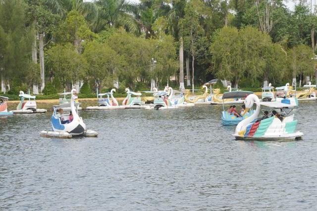 Một góc khu văn hóa Hồ Nước Ngọt của TPST.JPG