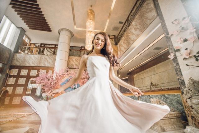 Người đẹp truyền thông Phùng Ngọc Bảo Vân thích thú khám phá tết Mường Thanh - 1