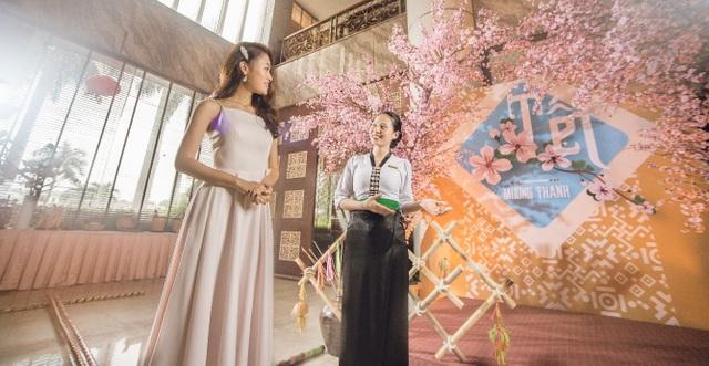 Người đẹp truyền thông Phùng Ngọc Bảo Vân thích thú khám phá tết Mường Thanh - 2