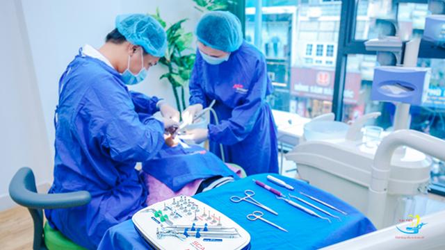 4 lưu ý khi lựa chọn trung tâm trồng răng implant - 3