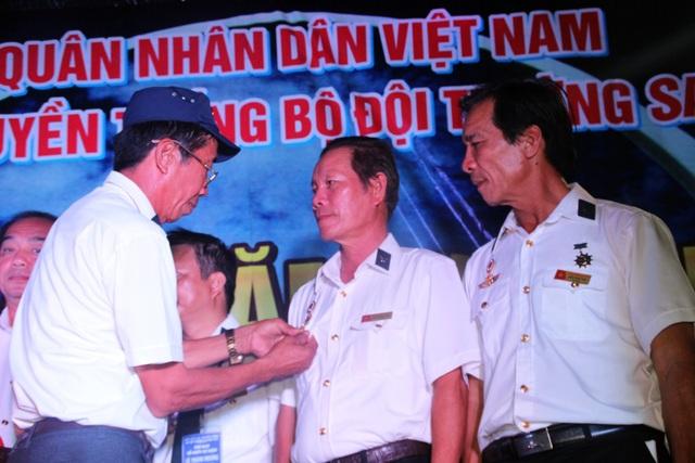 Hơn 500 cựu chiến binh Trường Sa tưởng nhớ 64 liệt sĩ Gạc Ma - 8