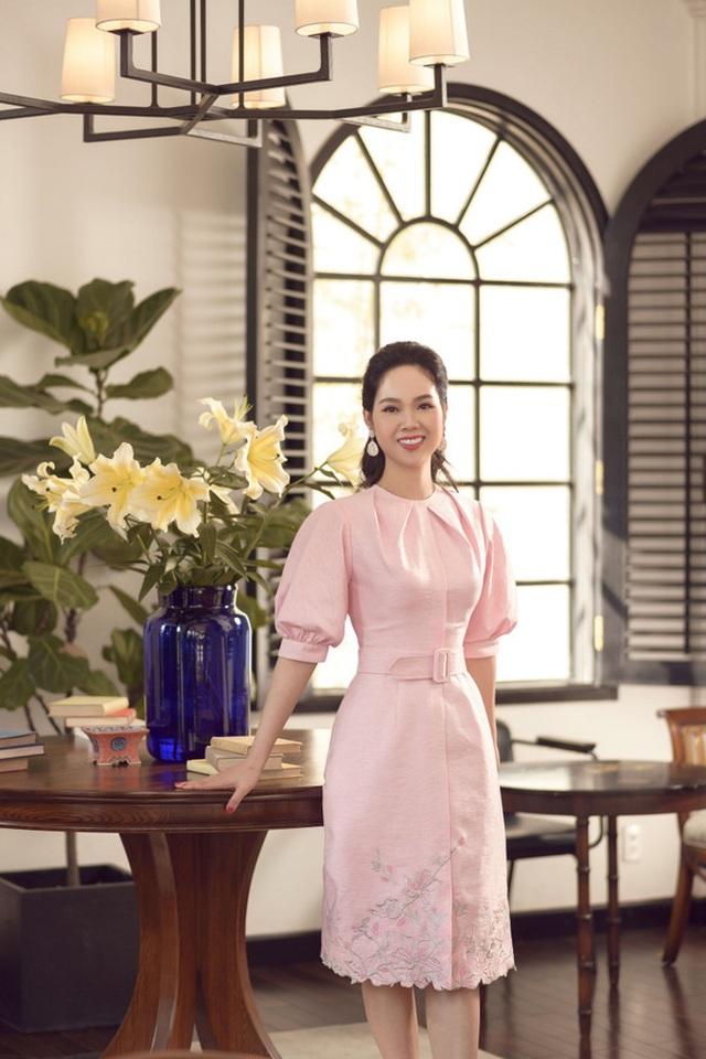 Nhan sắc Hoa hậu Mai Phương ra sao sau 17 năm đăng quang? - 14