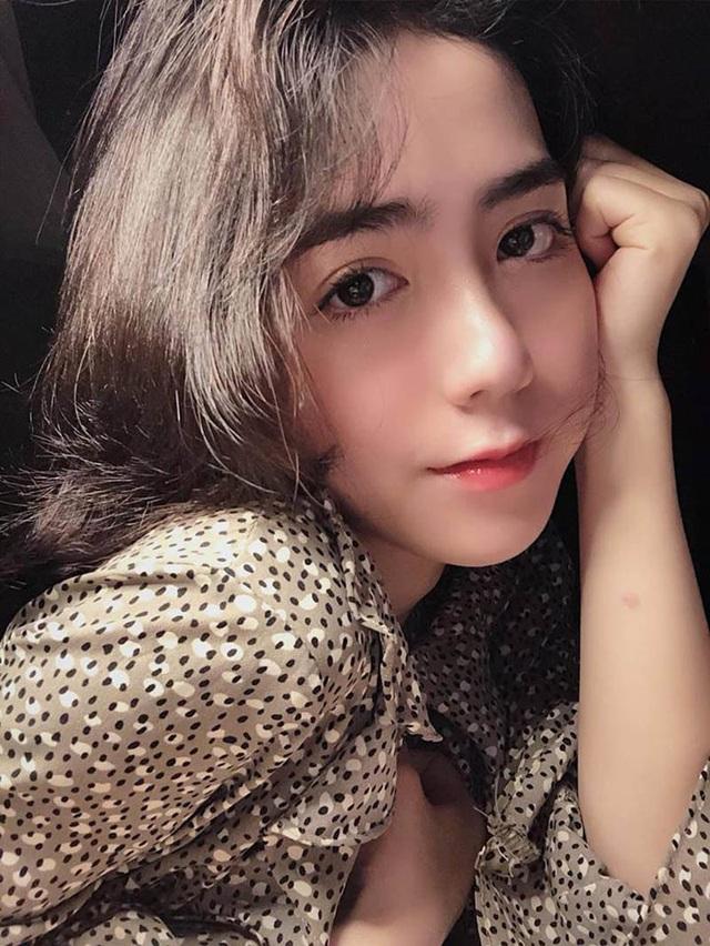 Thiếu nữ Quảng Nam sở hữu gương mặt xinh như búp bê - 3