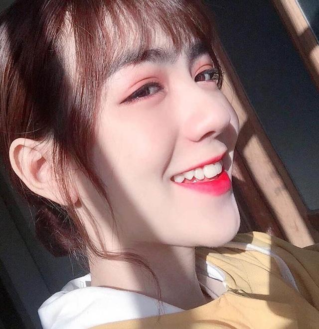 Thiếu nữ Quảng Nam sở hữu gương mặt xinh như búp bê - 4