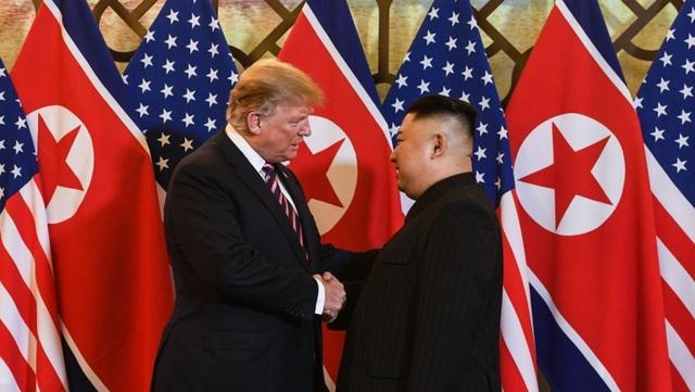 Ông Trump nói quan hệ với Triều Tiên vẫn tốt sau thượng đỉnh ở Việt Nam - 1