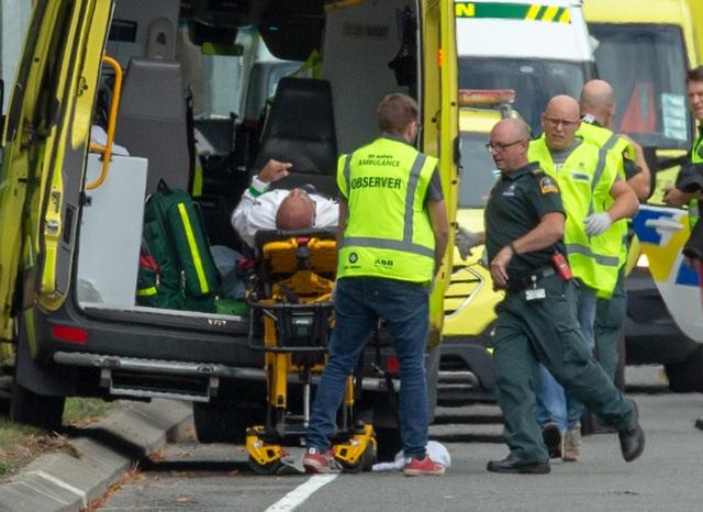 Xả súng liên tiếp ở New Zealand, có tới 30 người có thể đã thiệt mạng - 5