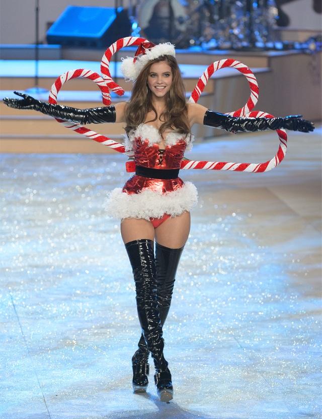Hé lộ tân thiên thần nội y của hãng Victorias Secret - 4