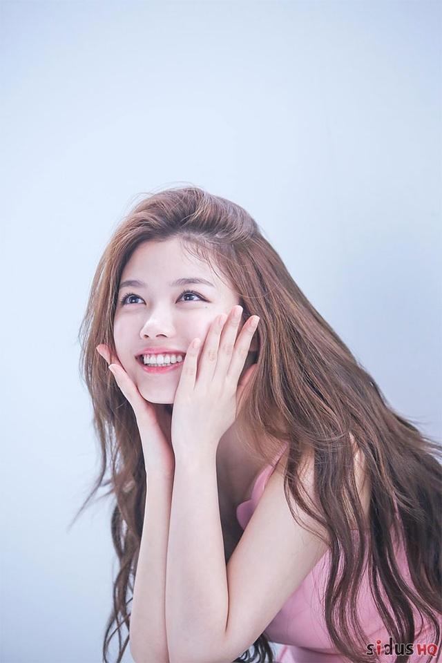 Cách chăm da của cô gái 19 tuổi xinh nhất xứ Hàn - 11
