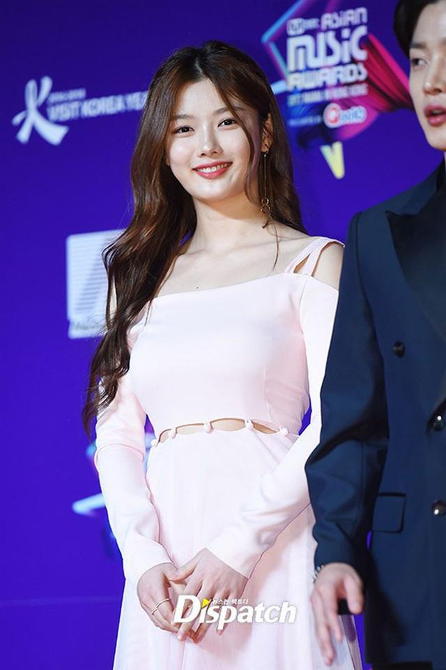 Cách chăm da của cô gái 19 tuổi xinh nhất xứ Hàn - 12