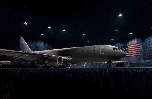 """Không quân Mỹ từ chối nhận """"trạm nhiên liệu bay"""" KC-46 từ Boeing vì dính rác - 1"""